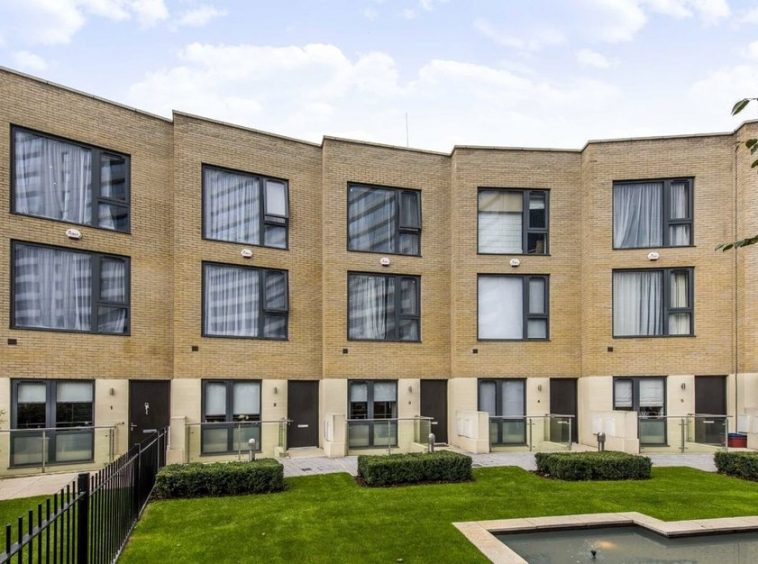 5 Bedroom Property For Rent W4