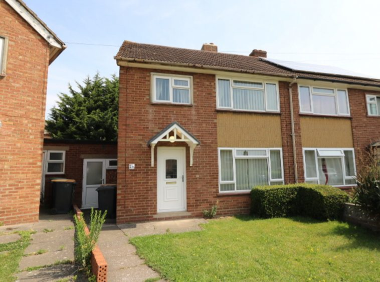 3 bedroom for rent The Boundary Bedford